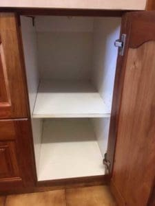 4After---Cleaned-Kitchen-Cupboard